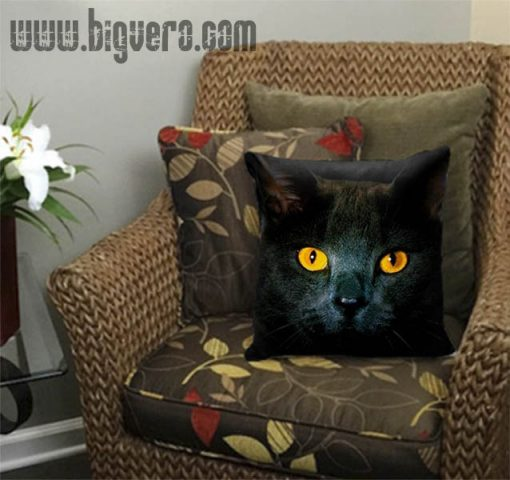 Black Cat Eyes Dark Pillow Cover