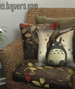 totoro my neighbour Pillow Cover